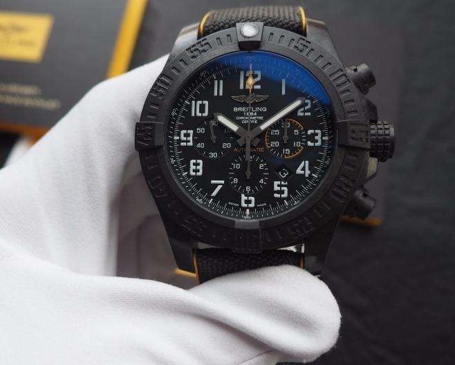 Replica Breitling Avenger Hurricane 12H Watch