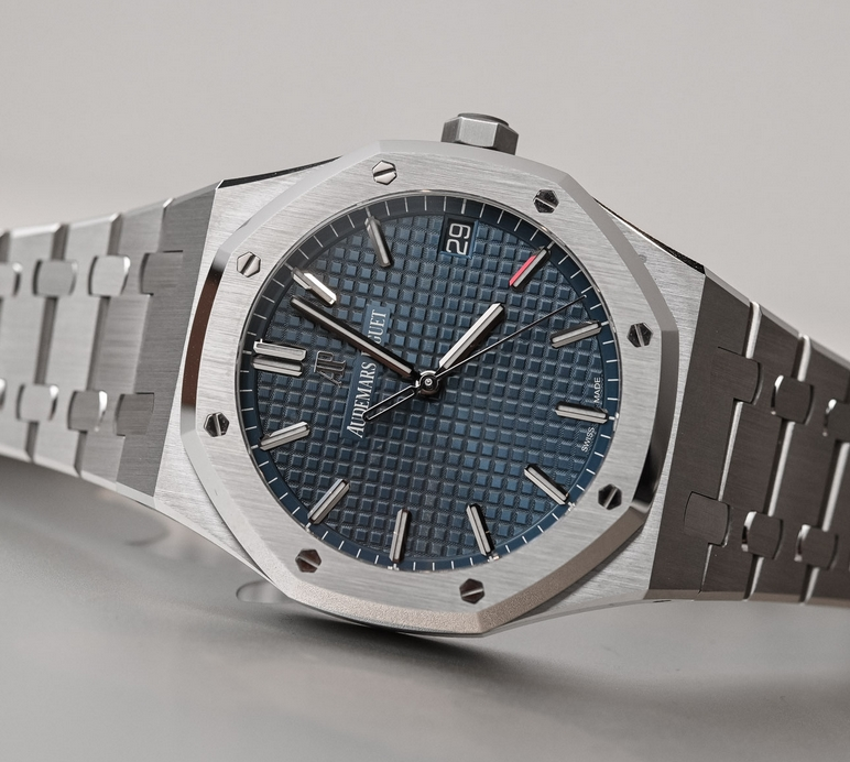 Replica Audemars Piguet Royal Oak 41mm Blue Dial 15500ST